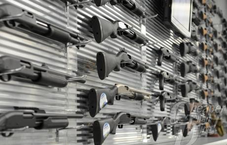shotguns_on_wall